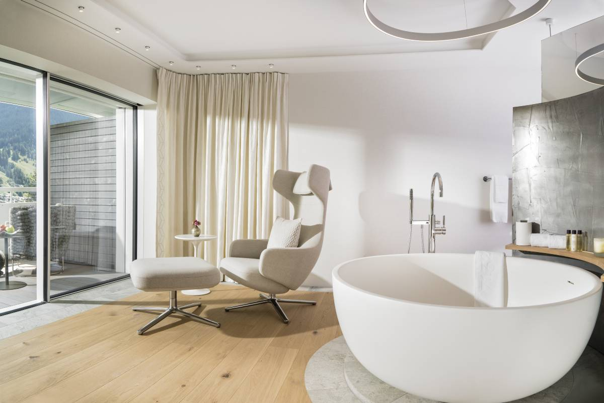 badezimmer-spa-deluxe-room-und-spa-suite